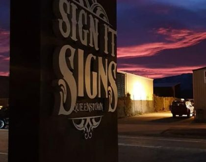 Industry Exposed | Sign it Signs Queenstown